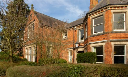 Rooms to rent in Derby